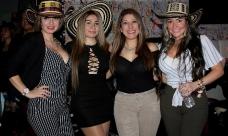 Binomio de Oro de América en Club Club Favela,Hartford_1