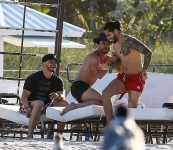 03-19-2018 Maluma y Prince Royce juntos en la playa