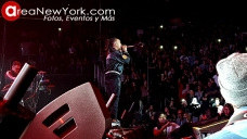 12-16-2017 Ozuna en Prudential Center_9